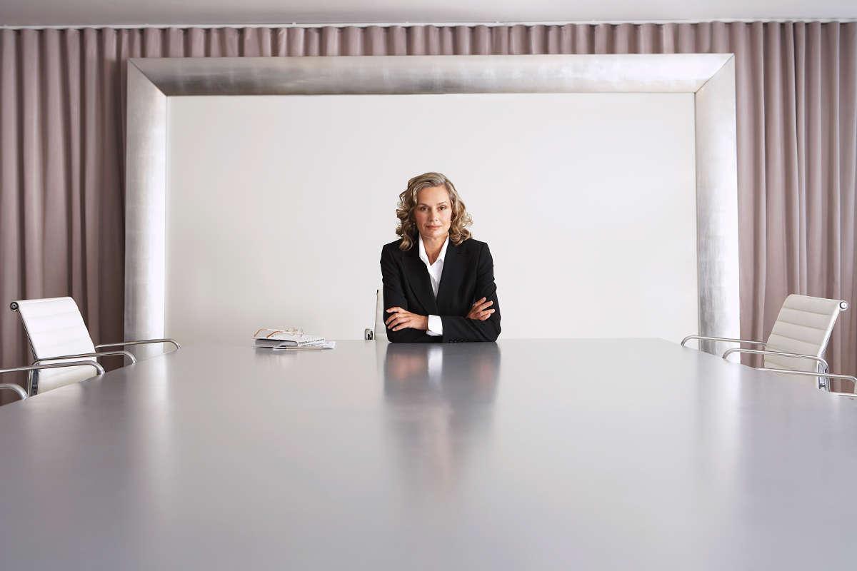 Co powstrzymuje kobiety przed awansem?