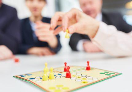 Szkolenie w formie gier – kiedy warto skorzystać?