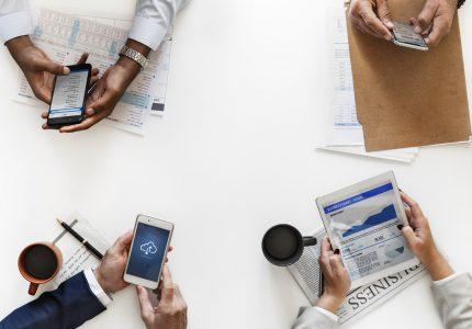 Pierwszy kontakt – kluczem do sukcesu w sprzedaży